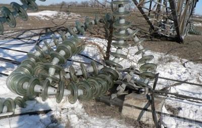 Без электроэнергии все еще остаются 15 населенных пунктов в Одесской области