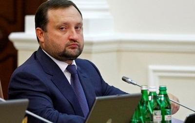 Ситуация на валютном рынке Украины управляема и контролируема – Арбузов