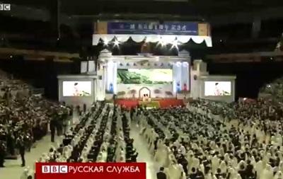 Свадьба для двух тысяч пар в Южной Корее