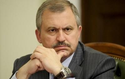 Вниз по Грушевского спускается вооруженный спецназ - нардеп