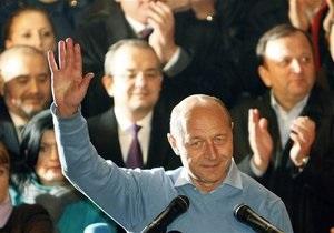 Действующий президент Румынии выигрывает выборы