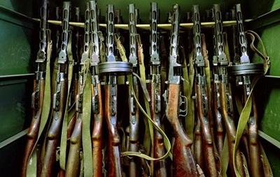 ВВ опровергают информацию о захвате демонстрантами складов с оружием во Львове