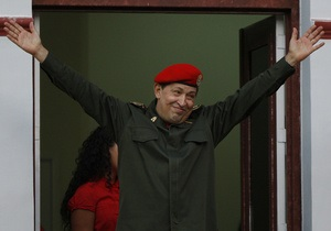 Чавес вернулся на Кубу для продолжения курса лечения