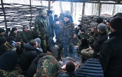 Правый сектор отверг перемирие с властью, призвав  додавить режим