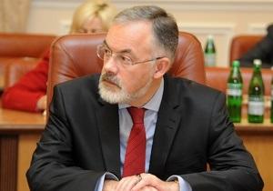 Табачник задекларировал 2,7 млн грн за 2012 год
