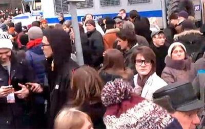 В Москве задержали около 50 протестующих под судом рассматривавшим  болотное дело
