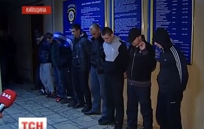 Милиция вместе с активистами задержала в Борисполе молодчиков