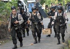 В Индонезии полицейским запретят увеличивать пенис