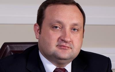 Арбузов на больничном, но пытается управлять Кабмином