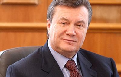 В администрации президента уже сняли все портреты Януковича