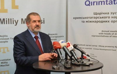 Верховную Раду и Совет министров Крыма захватили вооруженные люди - Чубаров