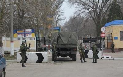 Ни одна из воинских частей ВМС в Крыму россиянам не сдалась - командование