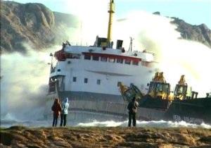 Кораблекрушение в Сочи: угрозы экологической катастрофы нет