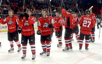 Донбасс с рекордом КХЛ впервые вышел в плей-офф