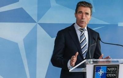 Страны НАТО должны увеличить военные расходы в связи с ситуацией в Украине - Расмуссен