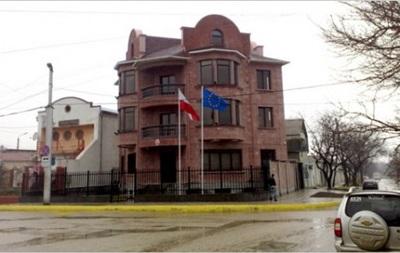Польша объявила об эвакуации консульства в Севастополе