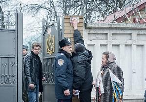 Депутатам разрешили посетить колонию, но не дали встретиться с Тимошенко