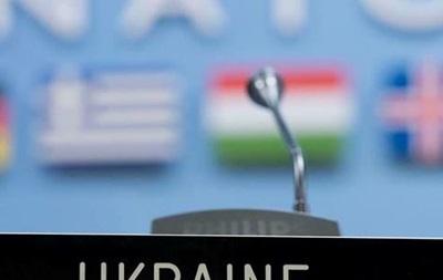 Власти Украины не рассматривают вопрос вступления в НАТО - глава МИД