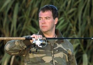 Медведев планирует съездить с Путиным на рыбалку