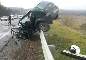 На трассе Киев - Харьков произошла авария, двое погибших