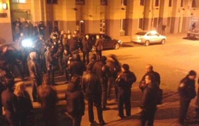 Милиция задержала около 30 человек после ночных столкновений в Харькове