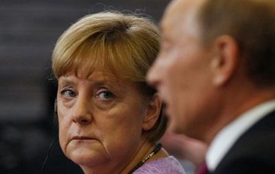 Путин и Меркель обсудили референдум в Крыму