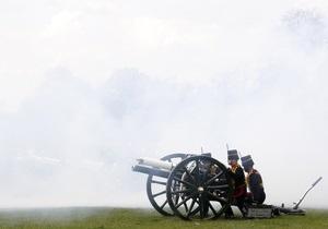 Установленная в Центральном парке Нью-Йорка пушка времен Войны за независимость оказалась заряженной