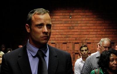 Писториус заказал шесть единиц оружия перед убийством своей подруги