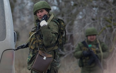 Российские военные снимают блокаду украинских воинских частей в Крыму - Тимчук