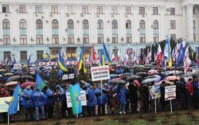Кабмин займется эвакуацией граждан Украины из Крыма – решение СНБО