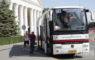 Украинские пограничники задержали на выезде из Крыма футболистов Таврии - СМИ