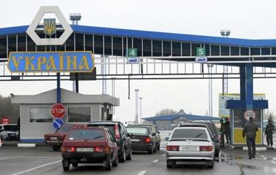Погранслужба усилила меры безопасности на админгранице с Крымом