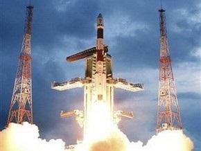 Индийские ученые потеряли связь с лунным зондом