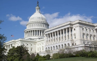 Сенат США предварительно проголосовал за финпомощь Украине и санкции против России