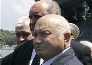 Источник в руководстве Крыма рассказал о целях приезда Лужкова