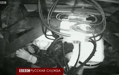 Нелегалы цепляются за фуры и проникают в Англию – BBC