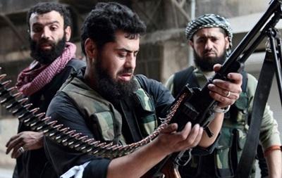 Боевики в Сирии обстреляли контейнеры с химоружием