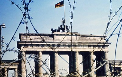 Шесть памятных эпизодов холодной войны - BBC