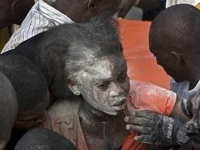 Под развалинами школы в Гаити найдены уже 50 погибших