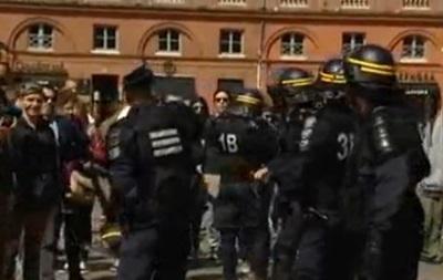 Во Франции произошли столкновения между участниками митинга День гнева и полицией