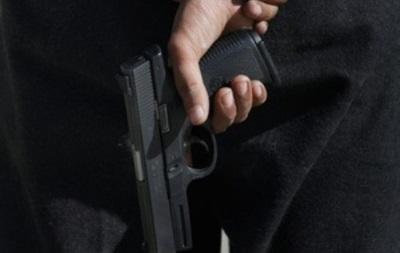 В Киеве неизвестный обстрелял райотделение милиции