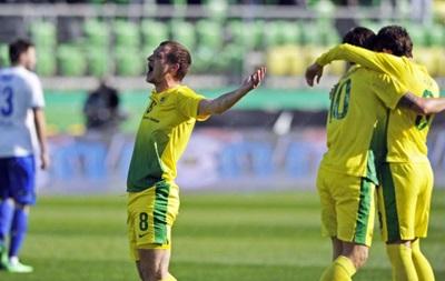 Алиев отдает два голевых паса, Анжи громит команду Воронина