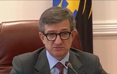 Тарута предлагает провести чрезвычайное заседание СНБО в Донецке