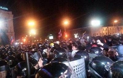 В Харькове без применения оружия освободили здание ОГА – Аваков