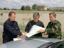 Ющенко призвал объявить запад Украины зоной чрезвычайной экологической ситуации