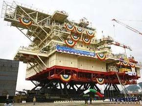 Для ОАЭ построили гигантскую нефтеплатформу