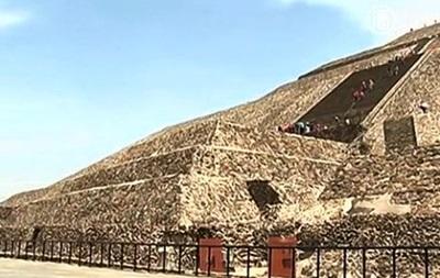Пирамиде Солнца в Мексике грозит разрушение