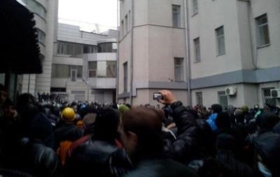 В Харькове пророссийские активисты захватили мэрию (обновлено)