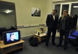 Мониторинг украинских ТВ-новостей: Внимание к политике рекордно снизилось