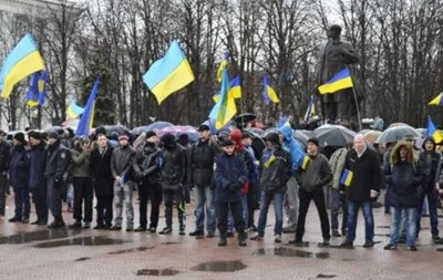 В Луганске милиция и гражданские объединяются в спецподразделение по охране порядка